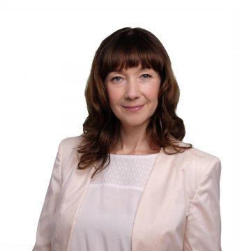 Andrea Winzek